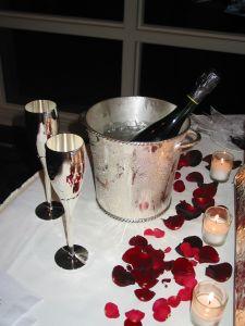 C mo preparar una cena rom ntica - Como organizar una cena romantica ...