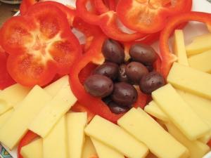 queso y olivas